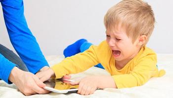¿A qué edad debo comprarle el móvil a mi hijo?